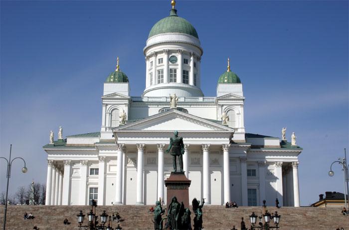 ヘルシンキ大聖堂&元老院広場