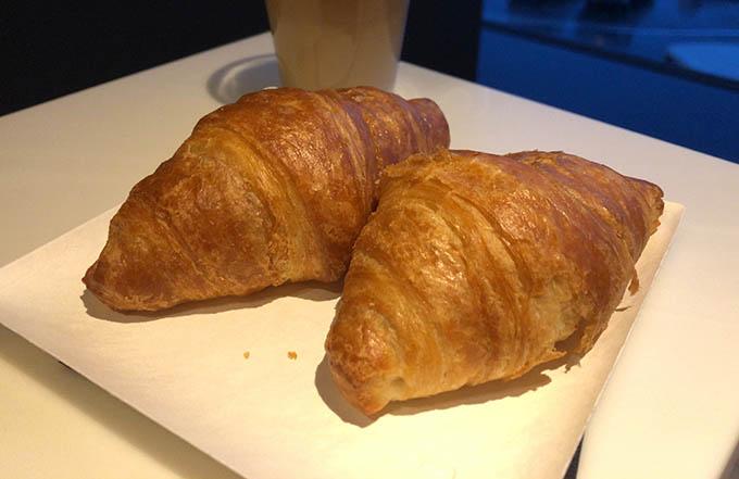 カードラウンジの朝の軽食