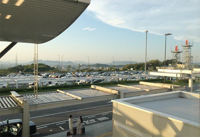 高松空港 ラウンジ讃岐からの景色