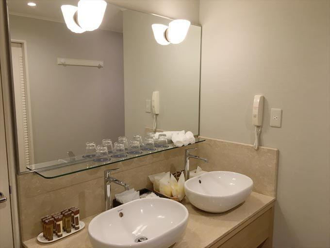 シェラトン・グランデ・オーシャンリゾート クイーンズファミリー 洗面所