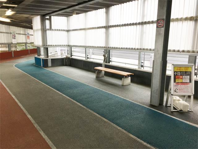 成田空港第3ターミナルに向かうルートの休憩スペース
