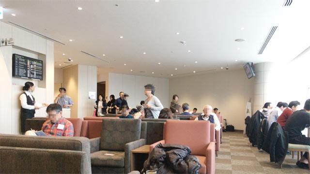 羽田空港 国際線ターミナル スカイラウンジ(SKY LOUNGE)中央の様子