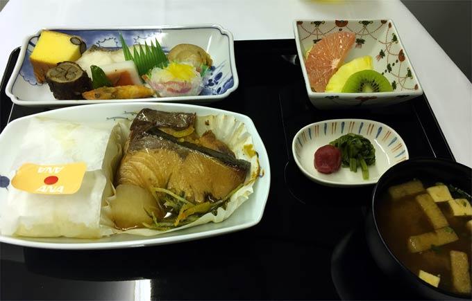 ANA NH203便 ビジネスクラスの食事