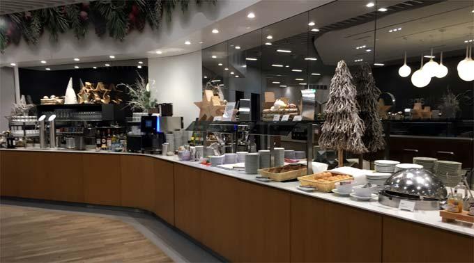 ルフトハンザ航空ビジネスクラスラウンジの軽食・飲み物・アルコール