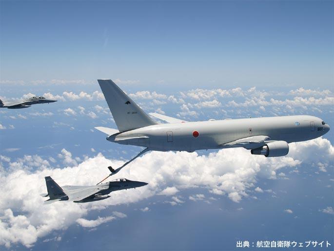 KC-767による給油の様子