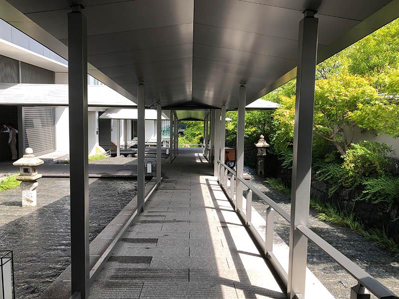 ザ・リッツ・カールトン京都のアプローチ