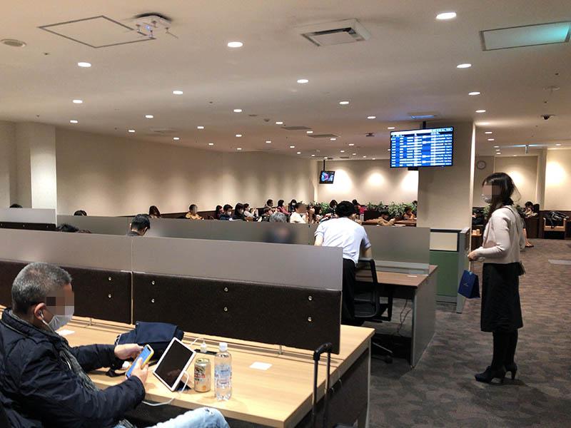 福岡空港 くつろぎのラウンジTIME ビジネスコーナー